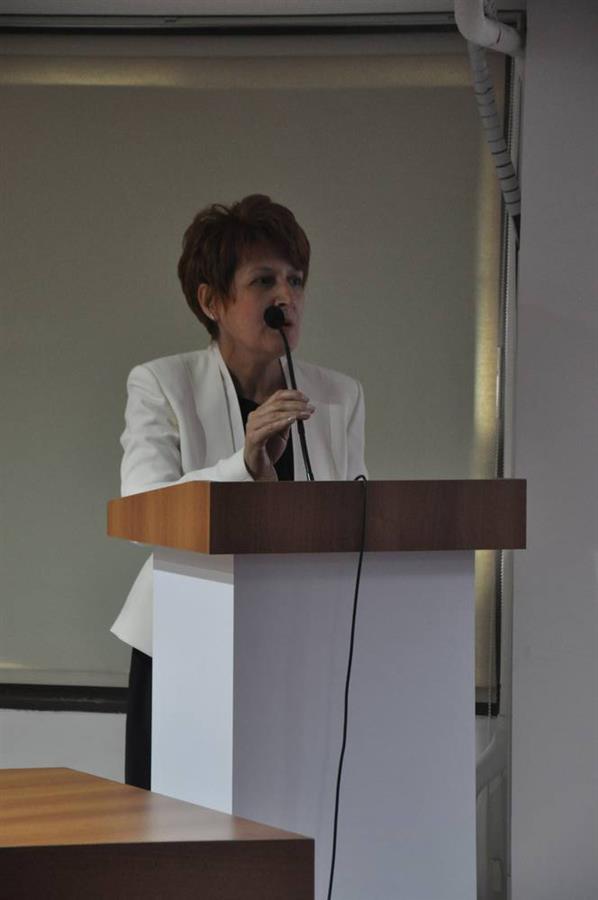 Aile ve Toplumda Kadının Yeri ve Yersizliği Konferansı Yapıldı