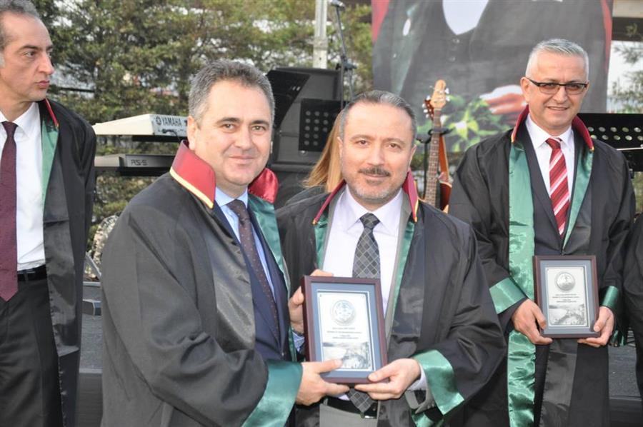 Meslekte 60, 50, 40 ve 25 Yıl Plaket Töreni Düzenlendi
