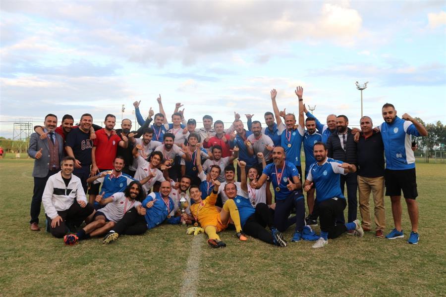 İzmir Barosu Körfez Futbol Takımı, TBB Futbol Turnuvası'nda Şampiyon Oldu