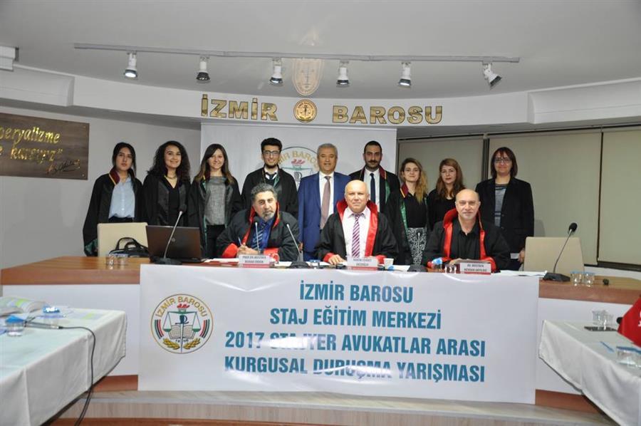 İzmir Barosu Stajyer Avukatlar Arası Ödüllü 2. Kurgusal Duruşma Yarışması Tamamlandı