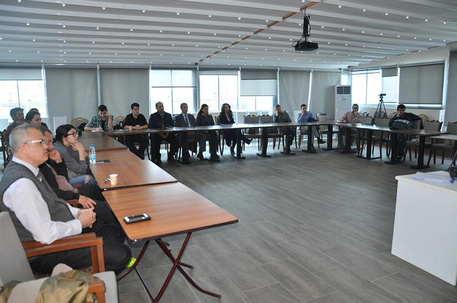 Türkiye Avrupa İlişkileri ve Türkiye'nin Demokrasiye Geçiş Süreci Konferansı Düzenlendi