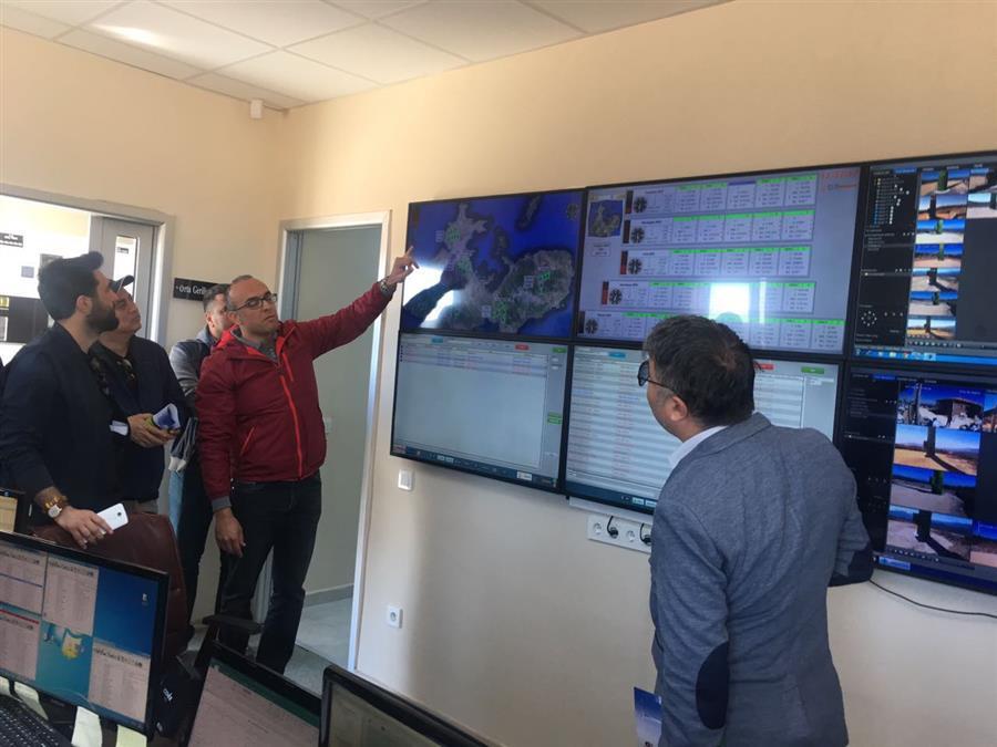 İzmir Barosu Enerji Hukuku Komisyonu Rüzgar Enerjisi Santralini Ziyaret Etti