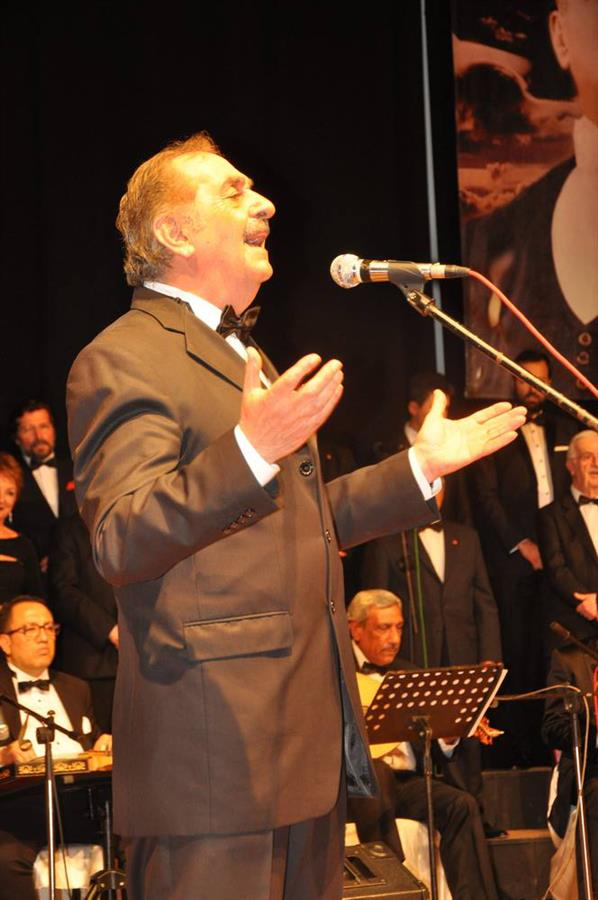 İzmir Barosu Türk Sanat Müziği Korosu Avukatlar Haftası Özel Konserini Gerçekleştirdi