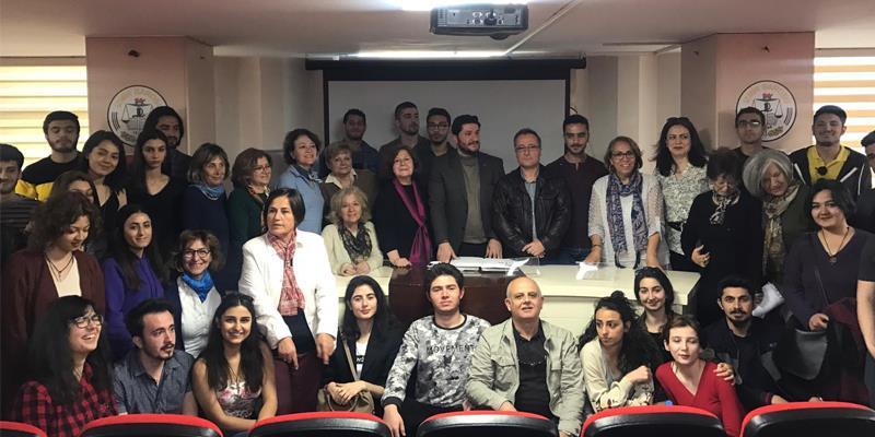 İzmir Barosu, ÇYDD İzmir Yönetimi ve Bursiyerleri ile buluştu.