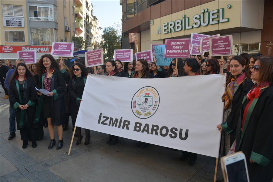 Kadınların Özgür Dünya Mücadelesi Hız Kesmeden Sürecek