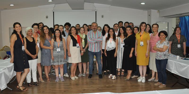 Avukatların Gözünden Geri Gönderme Merkezleri ve İdari Gözetim Alanları Çalıştayı İzmir Barosu Ev Sahipliğinde Yapıldı