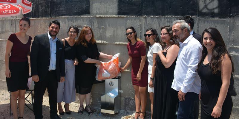 İzmir Barosu, Adliyelerin Çevresine Sokak Hayvanları İçin Beslenme Üniteleri Koydu