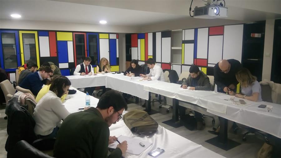 İzmir Barosu Karikatür Topluluğu Çalışmalarına Devam Ediyor