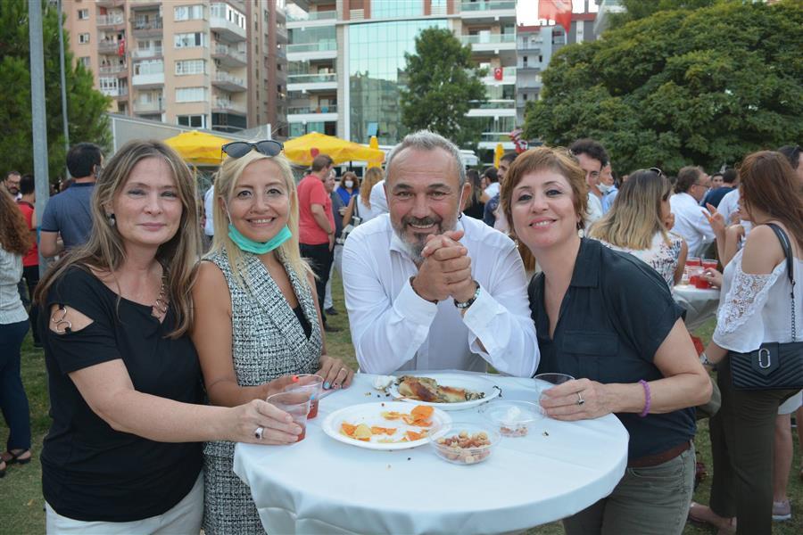 İzmir Barosu Yeni Adli Yılı Baro Bahçe