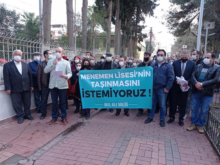 Öğrenci Velilerinin Haklı Tepkilerinde İzmir Barosu Yanlarında