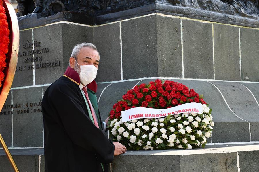 İzmir, Kurtuluşunun 99. Yılını Coşkuyla Kutluyor.
